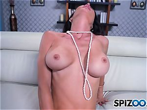 Jessica Jayme red-hot solo