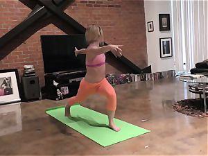 Yoga lady analed in pov