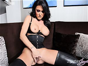 super-hot dark-haired honey Jessica Jaymes messing with her labia