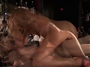 Barmaid Carter Cruise screws her chief at work