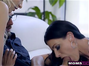 mommy fucks sonny And slurps creampie For Thanksgiving treat