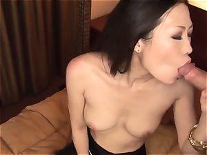 japanese hard-core by naked bombshell Yui Komine