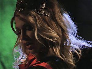 Jessica Drake and Riley Steele parody princess nail
