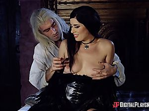 Danny D fools around as Geralt and penetrates black-haired babe