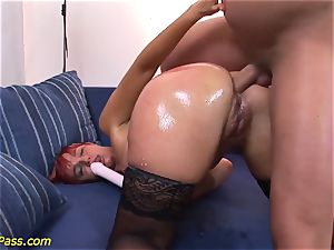 well-lubed obese cougar gets ass-fuck pumped