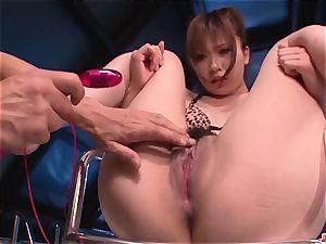 Mami Yuuki uber-sexy japanese scenes of raw xxx have fun