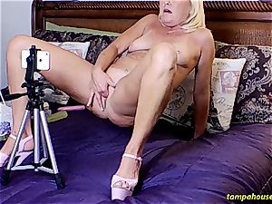 The Skype demonstrate with Ms Paris Rose