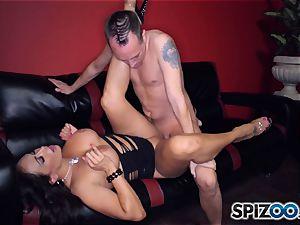 killer stripper Claudia Valentine