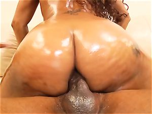 Jade Nacole delivering a little ass-to-mouth