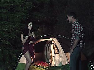teen biotch loves camping and outdoor porking