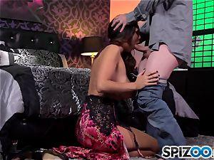 Spizoo-Watch Alison Tyler drilling a phat salami giant bra-stuffers