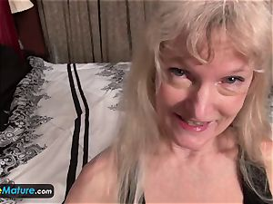 EuropeMature aged grannie Cindy gone too kinky