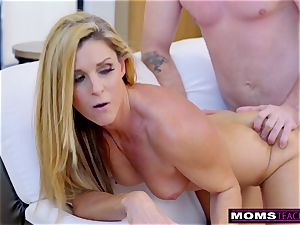 hotwife wifey Plays With StepSons ample salami S7:E10