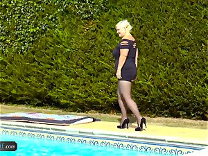 AgedLovE Lacey Starr boinking Poolboy xxx