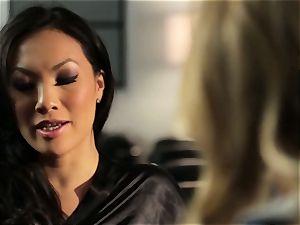 Asa Akira shows Samantha Saint a new pasttime