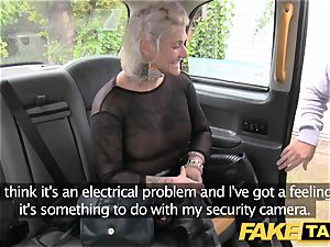 fake cab blondie cougar gets surprise assfuck hump