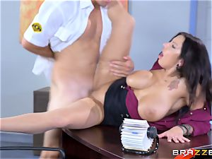 sugary massive jugged babe Lylith Lavey getting fucked