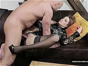 Czech babe gets her pretty culo ravaged on a pornography audition