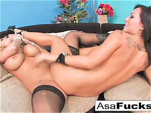 Asa Akira pummels Shyla Stylez