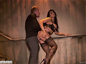 Romi Rain - incredible super-hot inexperienced pornography in the street