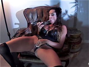 Ariella Ferrera pounds herself with a enormous glass fucktoy