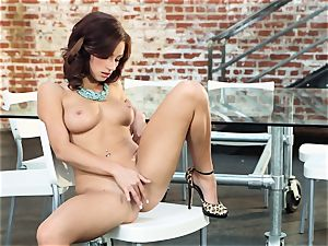 harsh red-haired Victoria Lynn masturbates in just her shoes