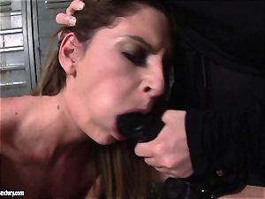 Kathia Nobili lets a steaming lady deepthroat her cord on