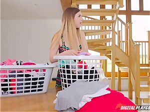 cooch massaging ultra-cute Eva Lovia and Stella Cox messing in the laundry