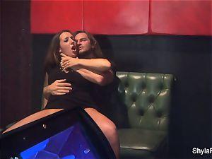 big-titted Shyla Stylez gets down in a molten three way