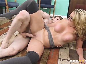 Desperate babe Brooke Wylde is fucked in the library