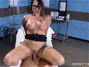 manstick lovinТ doc Juelz Ventura treats her patient