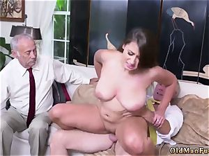 fur covered at work first-timer Ivy amazes with her ginormous mammories and booty